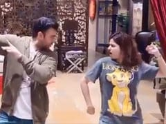 Shamita Shetty's ROFL Dance-Off With <I>Jiju</I> Raj Kundra. Guess Who Won?