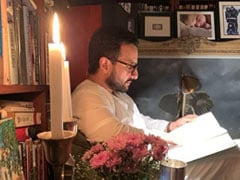 """A Scene From Kareena Kapoor And Saif Ali Khan's Home. He's """"Booked"""", She's On Instagram"""