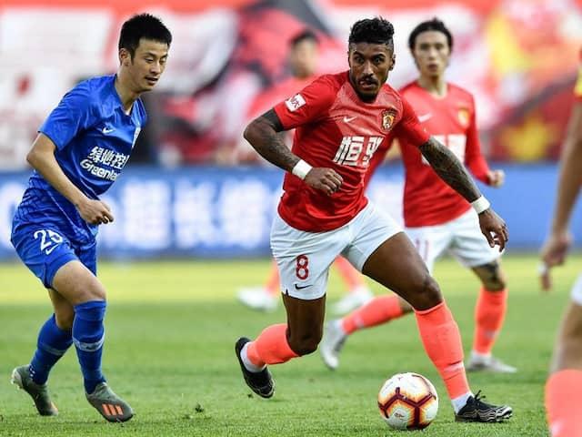 Paulinho Among Footballers Stranded By Chinas Coronavirus Lockout