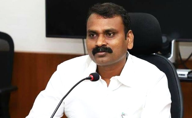 This Union Minister's Parents Continue To Work As Farmers, Graze Cattle
