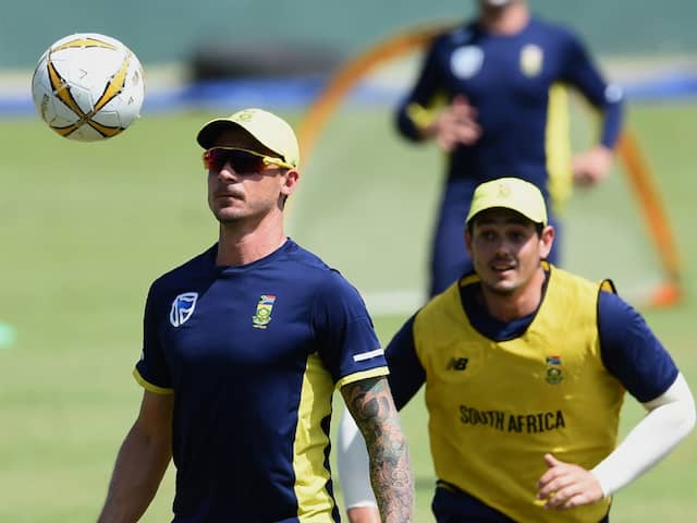 "Coronavirus: Would Love To Be In Quarantine With ""Proper Cook"" Quinton de Kock, Says Dale Steyn"