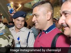 MS Dhoni की हुई IPL में धमाकेदार वापसी, एयरपोर्ट पर हुआ ऐसा स्वागत, दोस्त बोली- 'माही आ गया है...' देखें Video