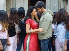 <I>Bhool Bhulaiyaa 2</I>: Kartik Aaryan And Kiara Advani's BTS Pic Comes With A Hint Of Spook