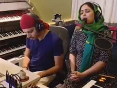 हर्षदीर कौर की 'गुरुवाणी' सुन अमिताभ बच्चन को आई मां की याद, बोले- 'वो मुझे इलाबाद से दिल्ली...'देखें Video