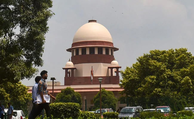 Top Court Restrains Centre From Discharging Short Service Commission Navy Officials