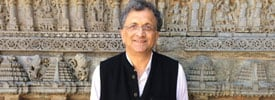 Why The Gandhis Must Go Now - by Ramachandra Guha