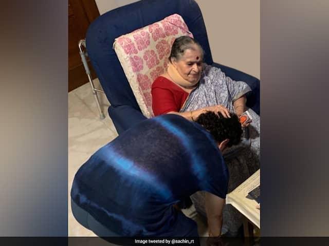 "Sachin Tendulkar Takes Blessings From Mother On 47th Birthday, Shares Photo Of ""Priceless"" Gift"