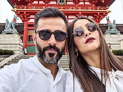 "Sonam Kapoor Spills The Beans On What ""Annoys"" Husband Anand Ahuja The Most"