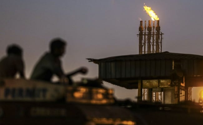 World's Biggest Lockdown Slashes Oil Demand By 70% In India