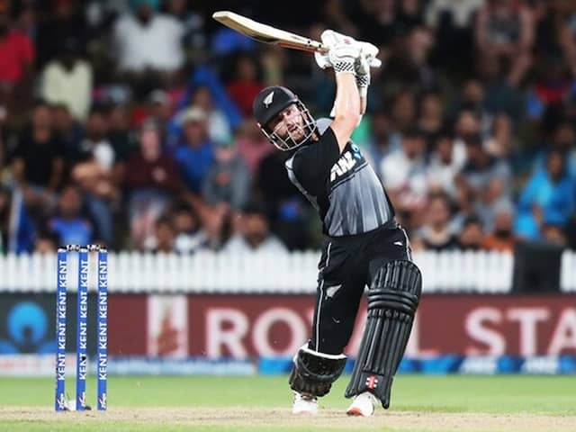 """""""Real Pressure Is Working To Save Lives"""": Kane Williamson Thanks Healthcare Workers"""
