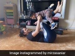 सानिया मिर्जा घर में कर रही थीं वर्कआउट, तभी बीच में आ गया बेटा और फिर... देखें ये Cute Photo