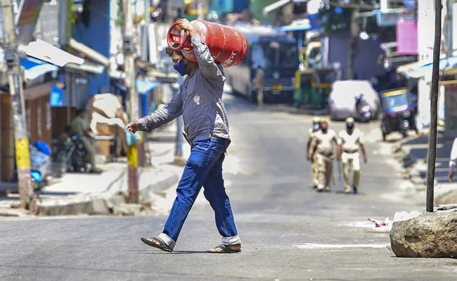 Karnataka Reports 1,839 COVID-19 Cases, 42 Deaths, Biggest Jump So Far
