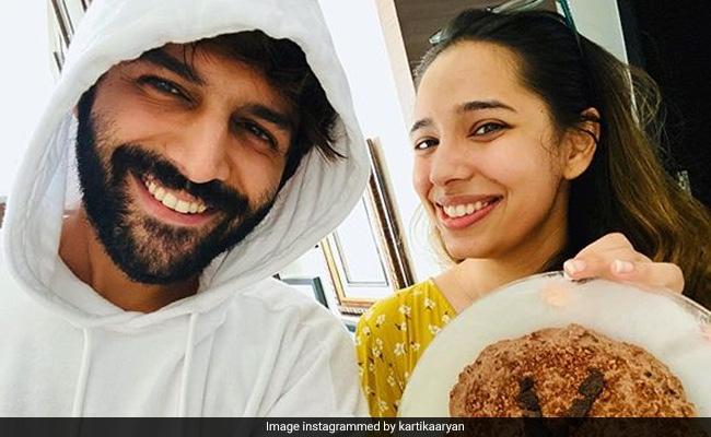 'Lockdown Ka Fayda', Kartik Aaryan Got To Celebrate His Sister's Birthday At Home