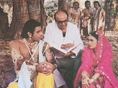 This Pic Of Dipika Chikhlia, Arun Govil As Sita And Ram From <I>Ramayan</i> Days Is Eighties Nostalgia