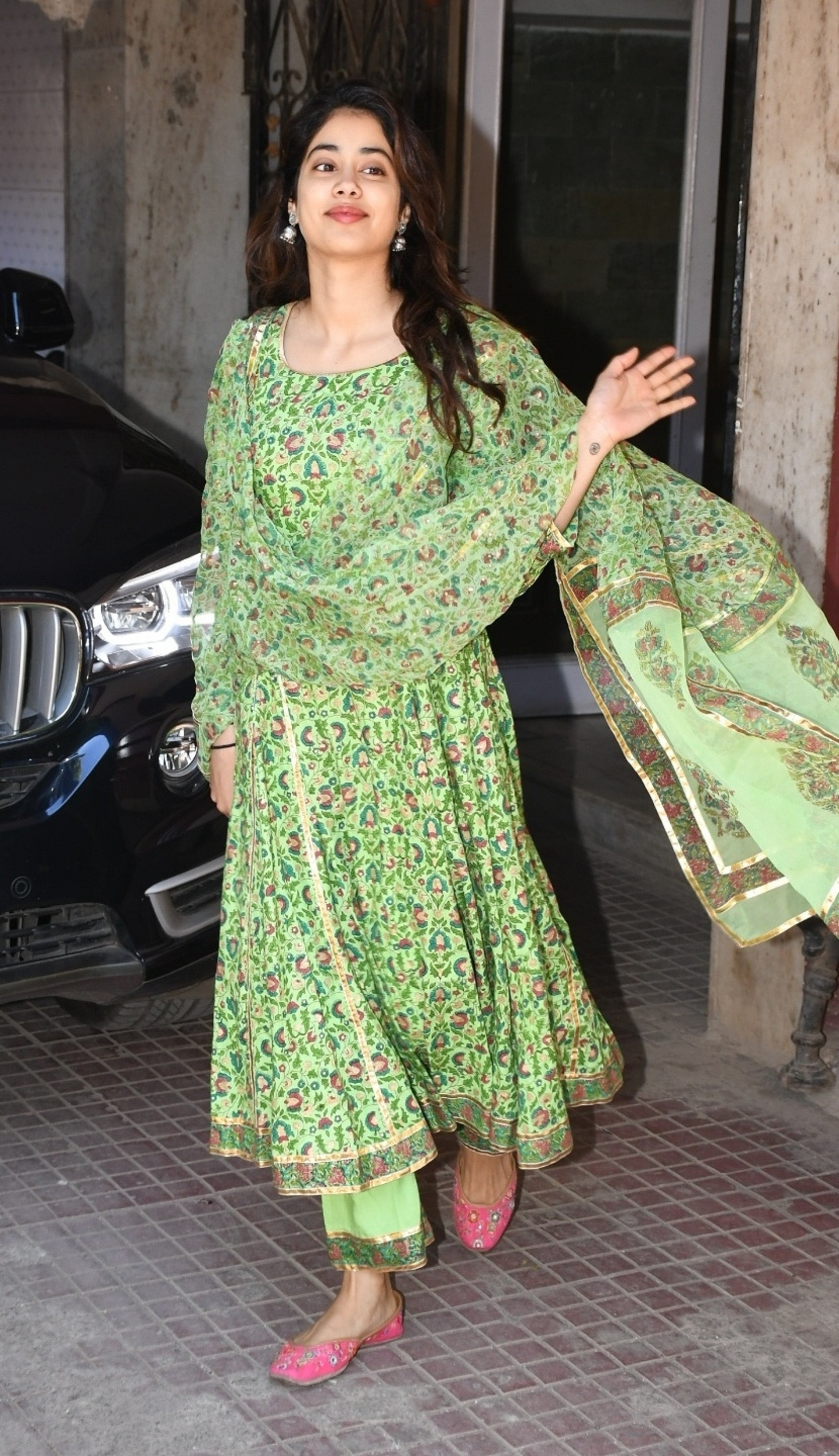 Janhvi Kapoor And Her Stylish Salwar Kameez Suits Are A Love Story For The Ages