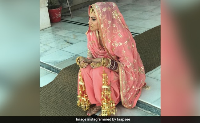 What Taapsee Pannu Was Thinking While Shooting Manmarziyan Wedding Scene