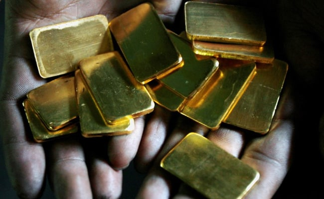 Gold Rises More Than 1% As Coronavirus Fuels Global Economic Slowdown Fears