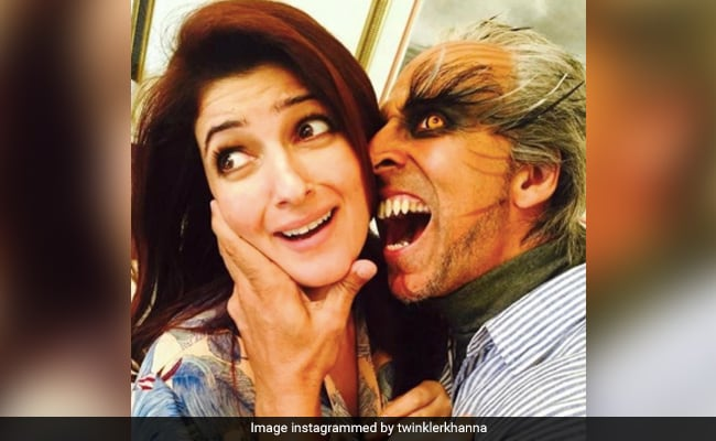 Twinkle Khanna's Forecast About Her Future 25 Years Ago Turned Out To Be True