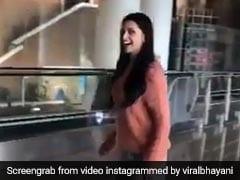 दीपिका पादुकोण का Video हुआ वायरल, एयरपोर्ट पर ही करने लगीं मूनवॉक