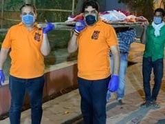 दिल्ली: लॉकडाउन के चलते दाह संस्कार के लिए नहीं मिल पा रहे चार कंधे, NGO की मदद से हो पाया