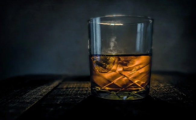 Alcohol Linked To Over 62,000 New Cancer Cases In India In 2020: Lancet Study