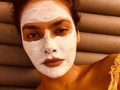 How Esha Gupta Is Keeping Herself Busy In Lockdown: Murakami, Facemasks, Guitar And Yoga