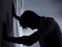 लॉकडाउन के कारण मायके में फंस गई पत्नी तो पति नहीं कर पाया बर्दाश्त, बेडरूम में जाकर किया ऐसा...