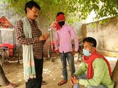 Coronavirus: लॉकडाउन के कारण हापुड़ के पास गांव में फंसे हिंदू श्रमिकों के लिए बड़ा सहारा बने मुस्लिम भाई..