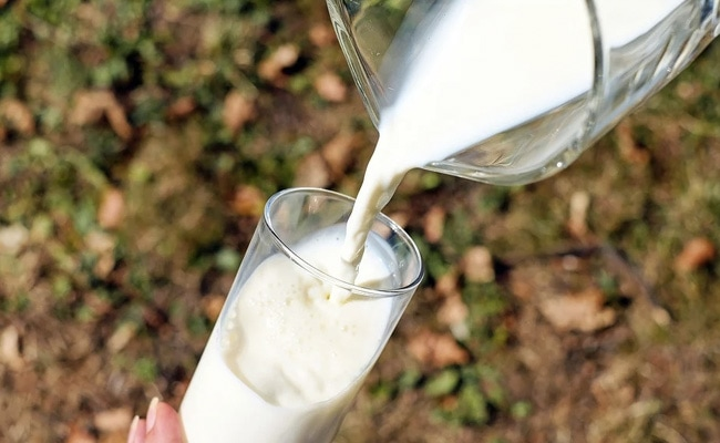Milk Purity: How To Check The Purity Of Milk, Here Are 5 Ways You Can Check If Milk Is Adulterated