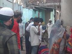 इंदौर में देखने को मिली भाईचारे की बेहतरीन मिसाल, मुसलमानों ने किया पड़ोसी 'दुर्गा मां' का अंतिम संस्कार