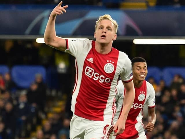 """No Spanish Lessons Yet"": Donny Van De Beek Coy On Real Madrid Move"
