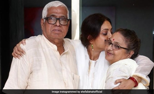 Shefali Shah, Who Is Missing Her Parents, Writes Heartfelt Post