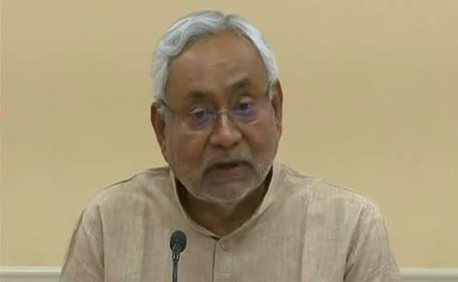 Coronavirus lockdown: CM नीतीश कुमार ने दूसरे राज्यों में फंसे लोगों के आवागमन पर छूट के निर्णय का किया स्वागत