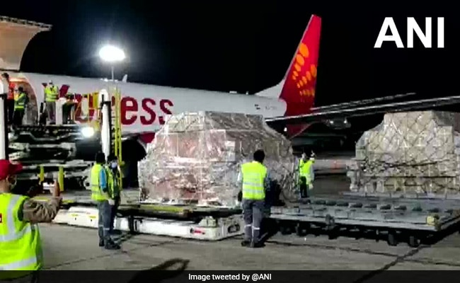 No Salaries For April, May; Hours Flown-Based Pay For Cargo Flights: SpiceJet To Pilots