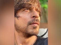 """Stay Safe. Stay Distant"": Shah Rukh Khan's Coronavirus Message Comes With A ""Look Good"" Selfie"