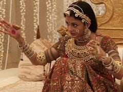 BTS Pics From The Sets Of <i>Jodhaa Akbar</i>, With Aishwarya Rai Bachchan And Hrithik Roshan