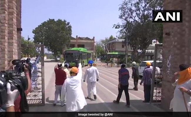Coronavirus: Over 200 Stranded Sikhs Evacuated From Delhi Gurdwara