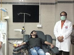 First COVID-19 +ve UP Doctor Donates Plasma After Recovery, Makes Appeal