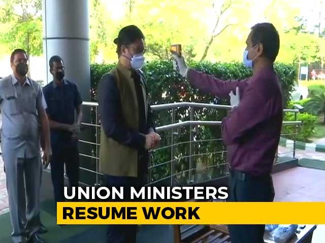 Video : Coronavirus India: Ministers Return To Work, Staff Struggle Without Public Transport