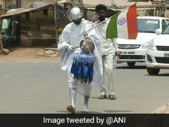 Odisha's 'Silver Gandhi' Distributes Masks, Hand Sanitisers In Slum Areas