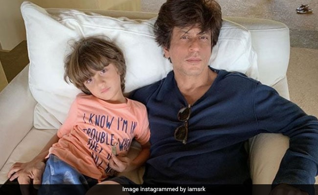 Shah Rukh Khan, Father Of Three, Spins An ROFL Tweet Around 'Contributing To Population Boom'