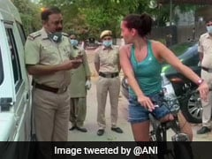Uruguay Woman Stopped For Not Wearing Mask Argues With Delhi Cops