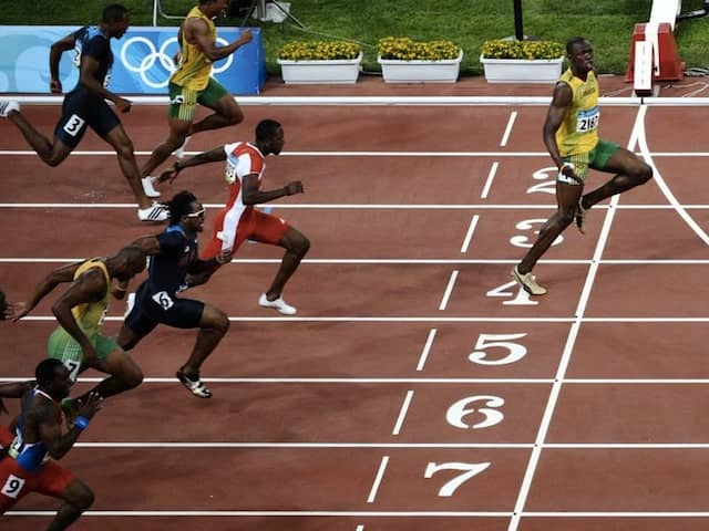 "Usain Bolts Version Of ""Social Distancing"" Is A Rage On Twitter"