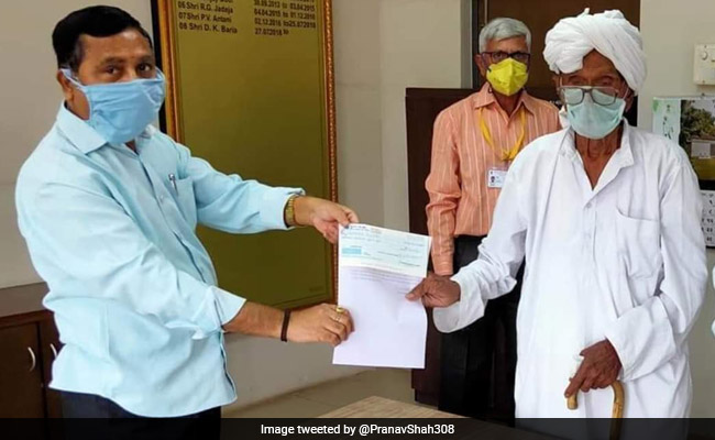 PM Applauds 99-Year-Old Ex-MLA Who Donated Savings To Fight COVID-19