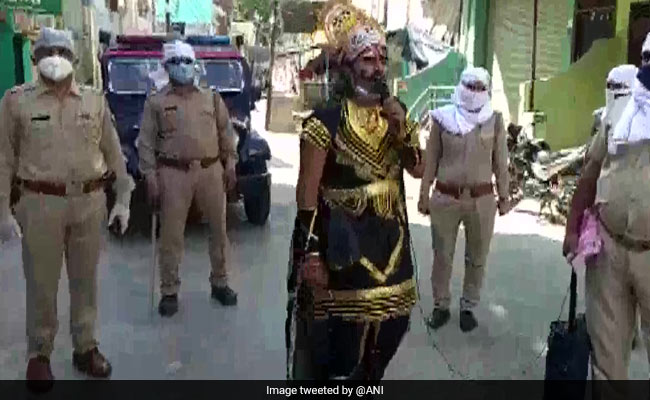 'No One Should Violate Lockdown': Yamraj On UP Streets Spreads Awareness