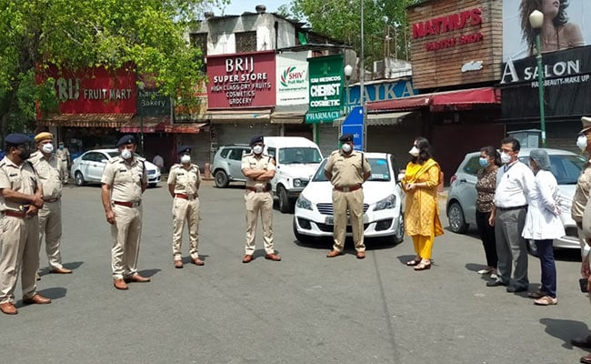 Delhi's Bengali Market Sealed Over 3 COVID-19 Cases, 35 Found On Shop Roof