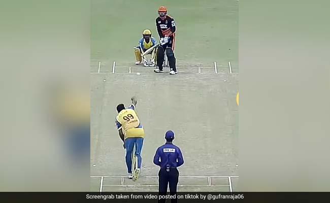 आर. अश्विन ने अजीबोगरीब तरह से डाली स्पिन, छक्का मारने जा रहा बल्लेबाज भी देखता रह गया - देखें TiKTok Video