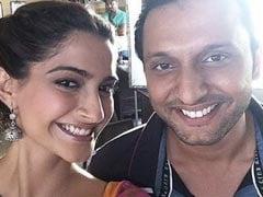 How Sonam Kapoor And Swara Bhasker Wished Their <i>Raanjhanaa</i> Co-Star Mohammed Zeeshan Ayyub On His Birthday