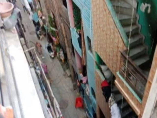 Video : 3.5 Earthquake Felt In Delhi, Neighbouring Areas