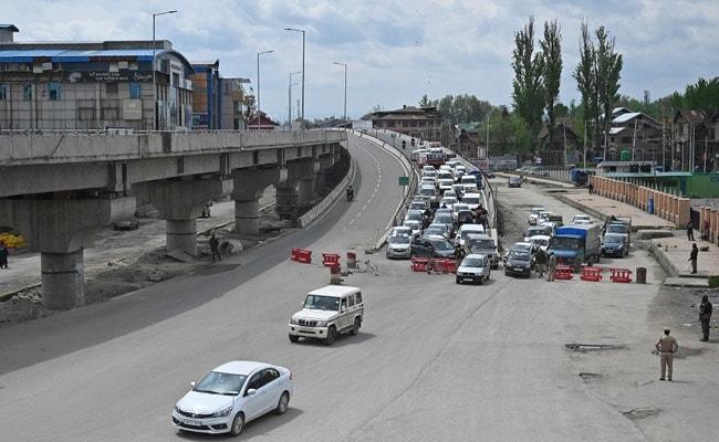 Coronairus: कश्मीर में संक्रमितों की तादाद 600 पार, जम्मू जिला संक्रमण मुक्त